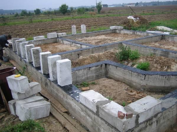Пошаговая инструкция строительства дома из пеноблоков своими руками фото 23